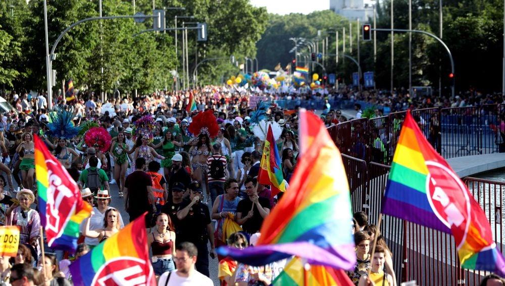 Asistentes a la manifestación del Orgullo en Madrid