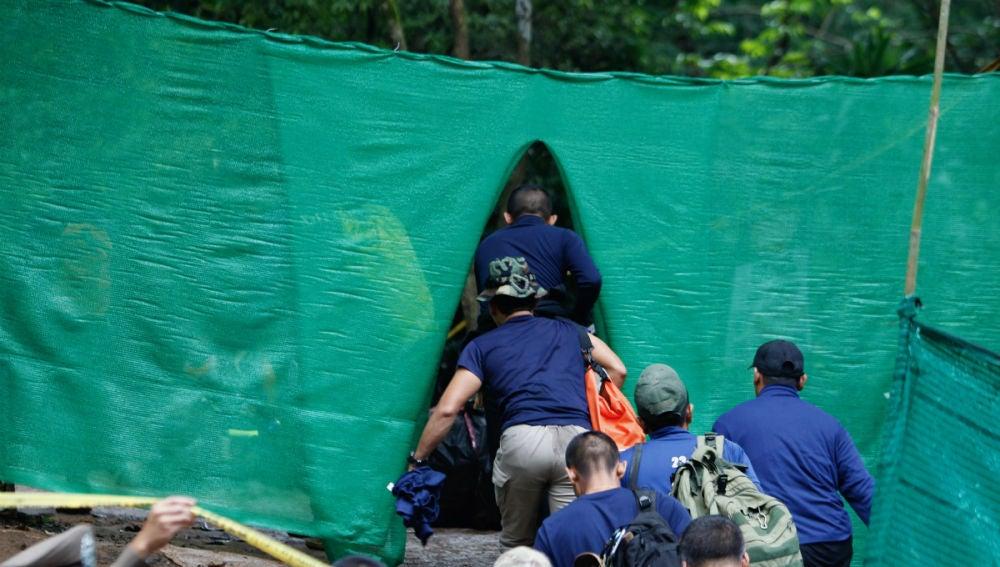 La vida del entrenador tailandés marcada por la tragedia