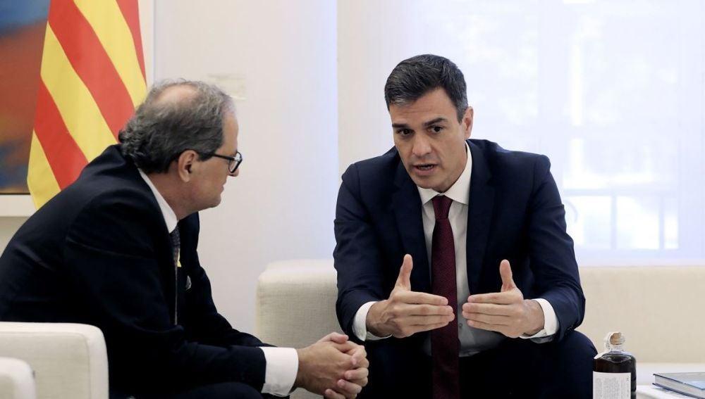 """Pedro Sánchez y Quim Torra acuerdan reactivar la comisión del Estatut y mantener una """"comunicación fluida"""""""