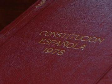El Gobierno encarga a la RAE un estudio para adecuar la Constitución a un lenguaje no sexista