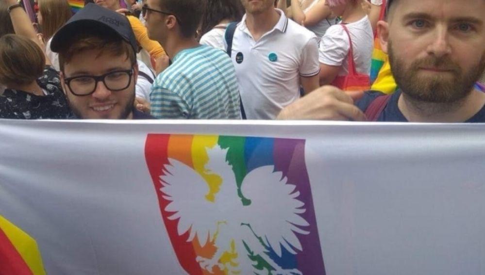 Activistas LGTBI durante el Orgullo en Polonia