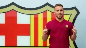 Arthur en su llegada a Barcelona