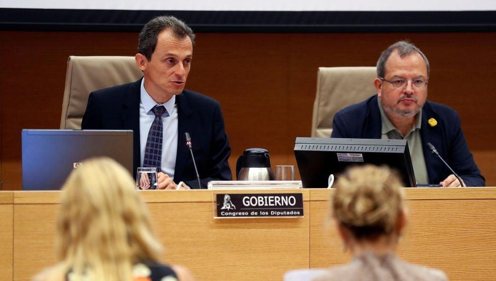 El ministro de Ciencia, Innovación y Universidades, Pedro Duque, durante su comparecencia ante la Comisión de Ciencia del Congreso.