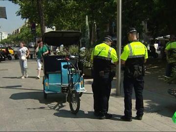 Multa a un bicitaxi en la ciudad de Barcelona