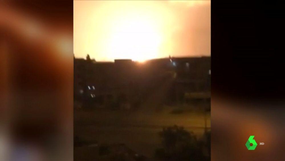Gigante explosión cerca del aeropuerto principal de El Cairo, Egipto