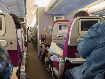 El interior de un avión