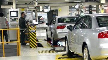 Imagen de una fábrica de coches en Cataluña