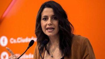 Inés Arrimadas defiende la posible candidatura de Manuel Valls