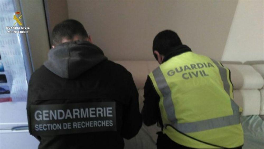 La Guardia Civil en la incautación de la droga