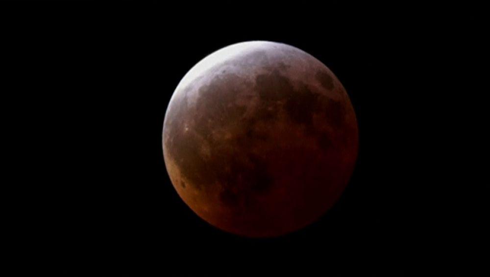 Tres motivos por los que no debes perderte el eclipse lunar