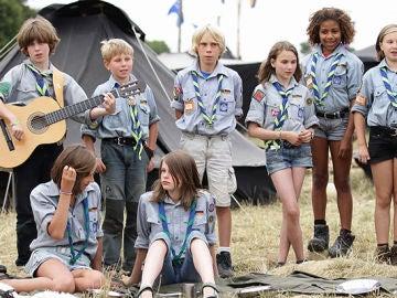 Reunión de Boy Scouts y Girl Scouts