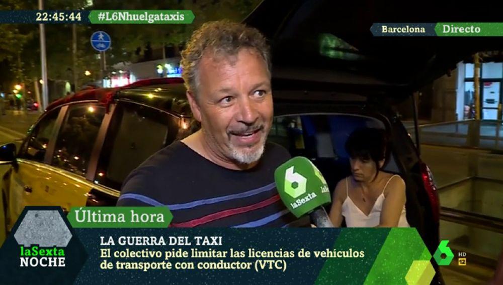 """Así pasarán la noche los taxistas en huelga: """"Cada uno dormirá en su asiento y alguno en el suelo"""""""