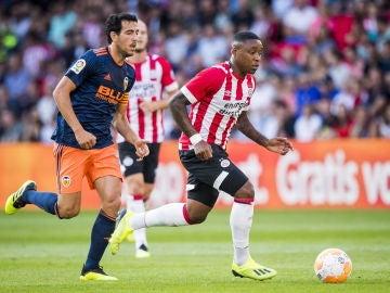 El Valencia ofrece una buena imagen pese a perder en Eindhoven