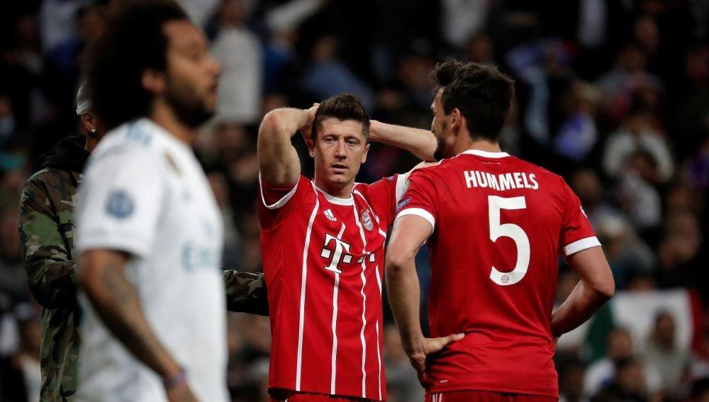 Lewandowski en un partido contra el Real Madrid
