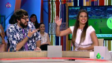 Con toques flamencos y mucha euforia, el cántico 'más futbolero' de Cristina Pedroche en honor al nuevo fichaje del Rayo Vallecano
