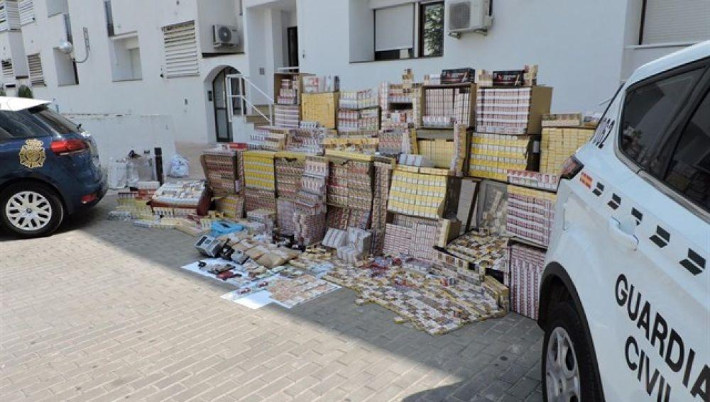 Detenidos 18 integrantes de un grupo dedicado a la venta de tabaco de contrabando