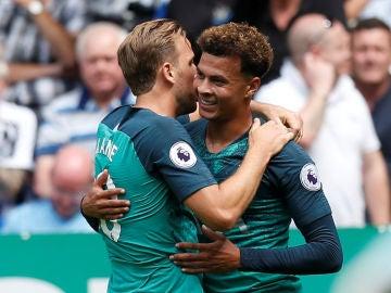 Jugadores del Tottenham celebrando un gol