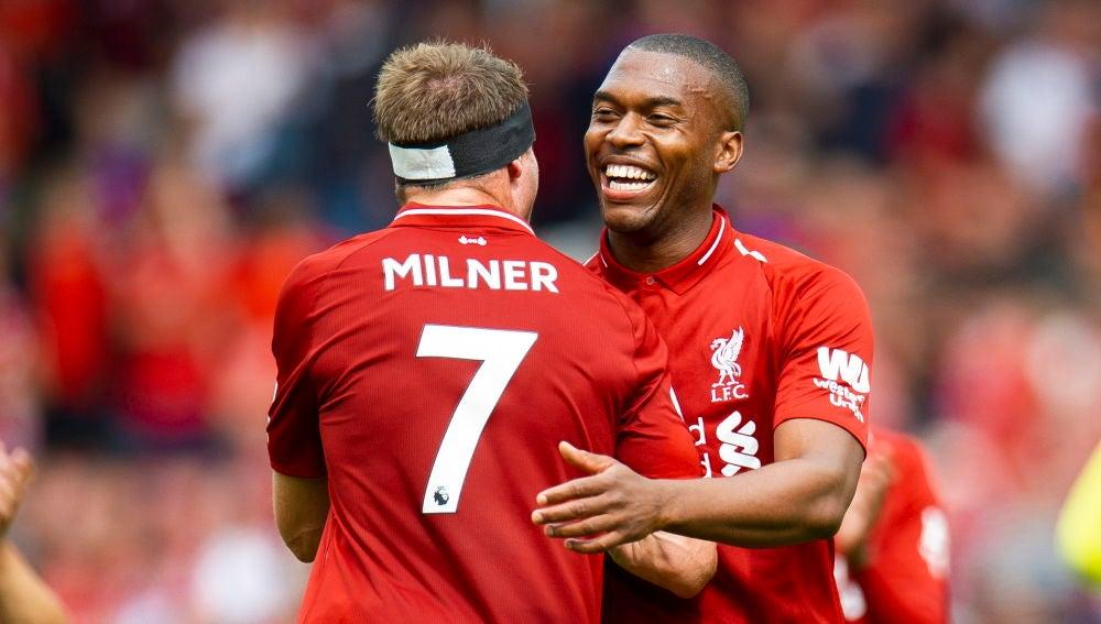 Jugadores del Liverpool celebran un gol