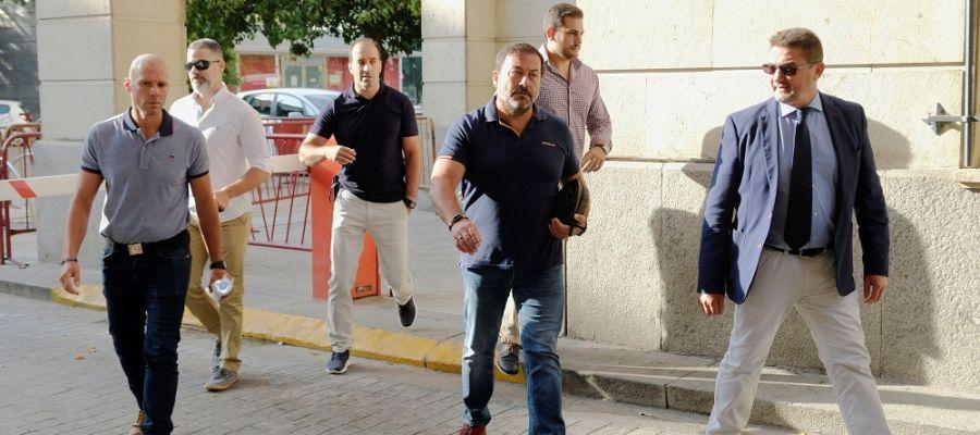 Vigilantes ratifican al juez el intento de atropello por parte de Ángel Boza tras robar unas gafas de sol