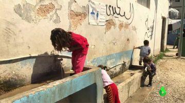 Agresiones sexuales, intentos de suicidio, niños sin escolarizar, comida con gusanos... las pésimas condiciones de los campos de refugiados en Lesbos