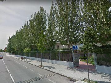 Exteriores de la piscina municipal del madrileño barrio de Villaverde