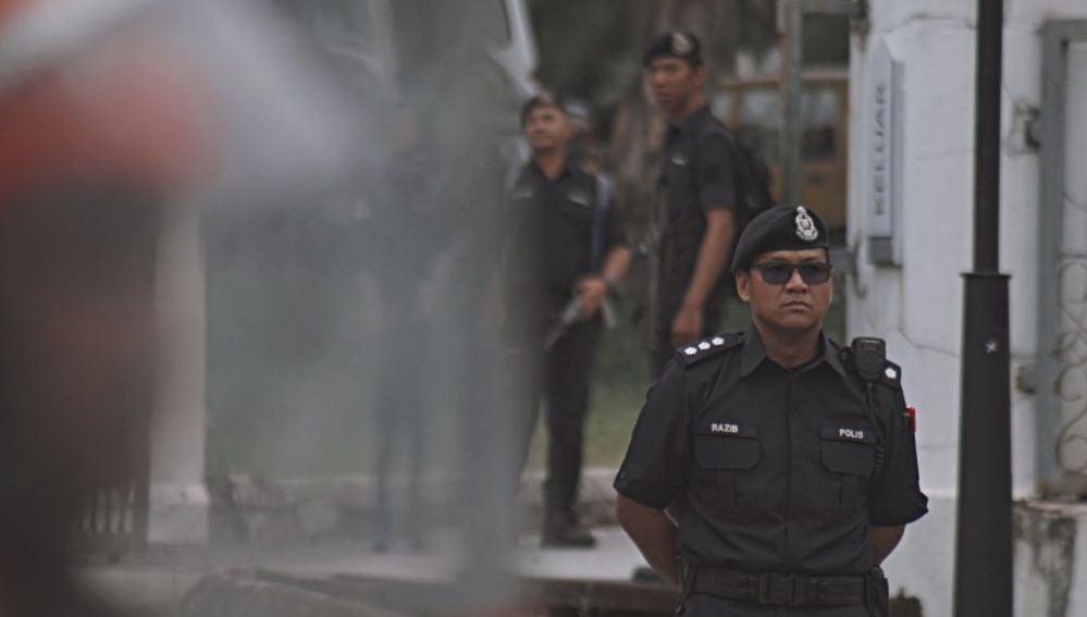 Un policía en Malasia