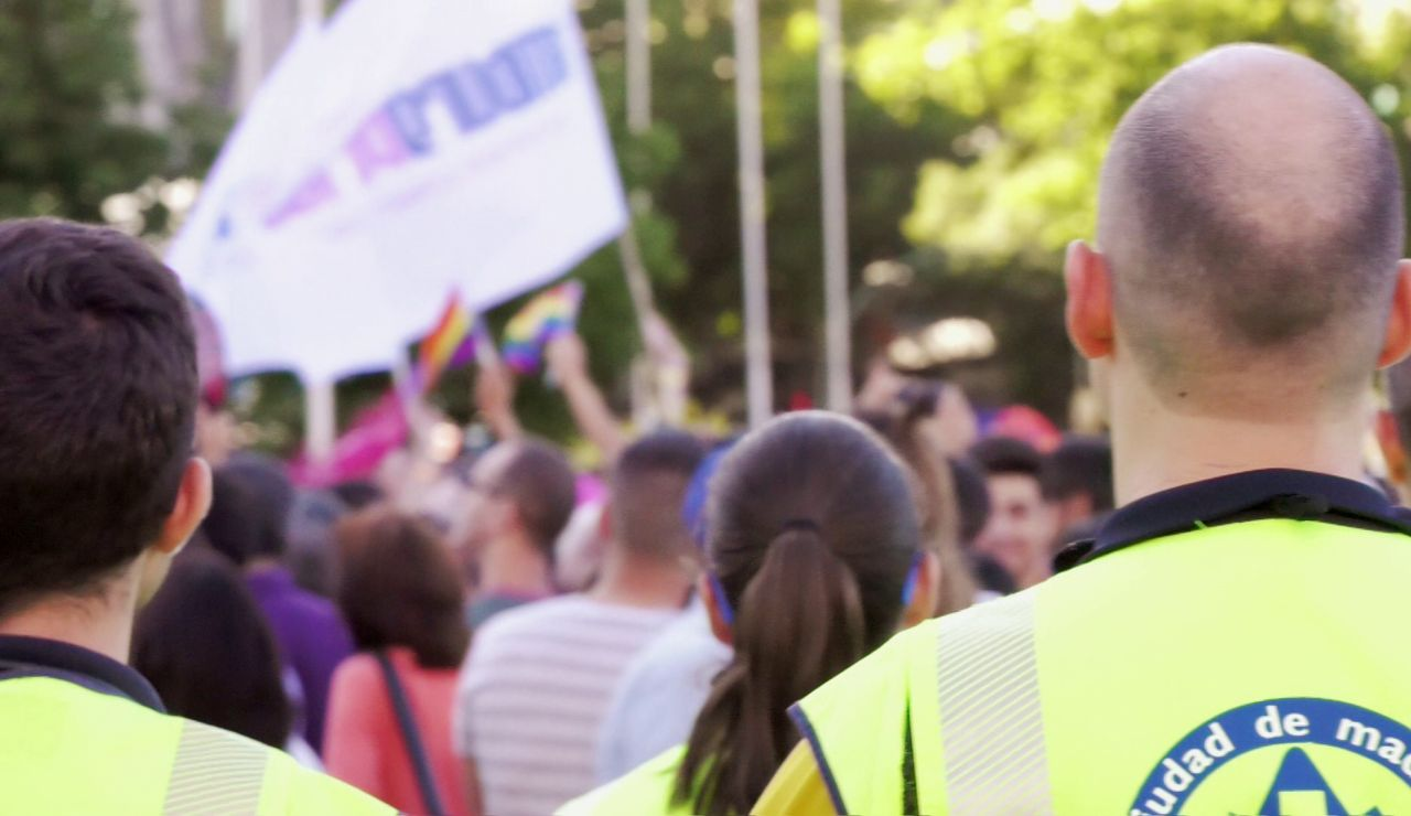 Ambulancias asiste las fiestas del Orgullo en el nuevo programa