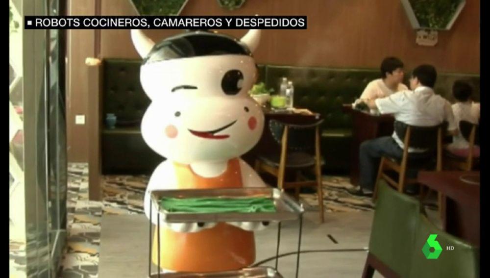 Imagen de robot en un restaurante de China