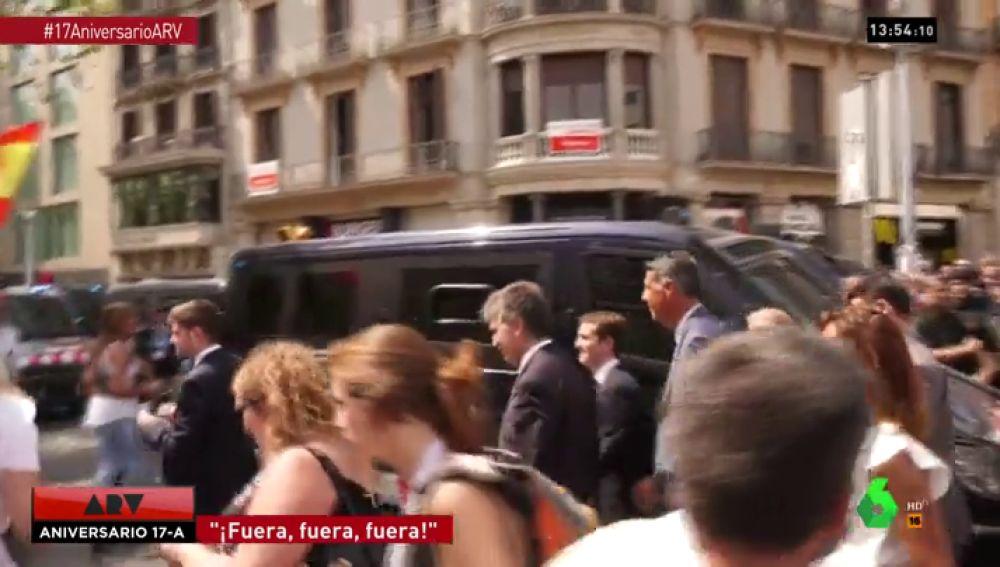 Pablo Casado, increpado en Barcelona