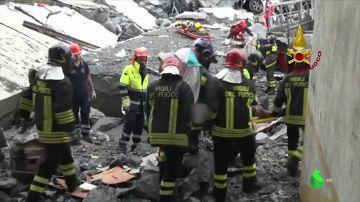 Nuevas imágenes muestran a los primeros que llegaron al puente Morandi tras el derrumbe