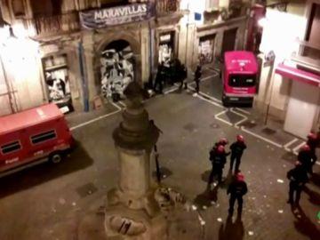 Cargas policiales y 22 identificados en el desalojo del Palacio del Marqués de Rozalejo okupado en Pamplona