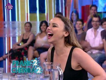 """La risa contagiosa de Chenoa: la protagonista de la guerra del agua en Zapeando entre la cantante y el presentador: """"Me lo estoy pasando pipa"""""""