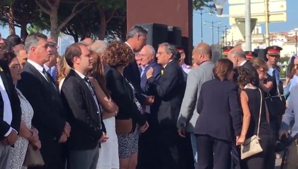 Tensión entre Torra y Albiol en el homenaje a las víctimas de Cambrils en el aniversario de los atentados