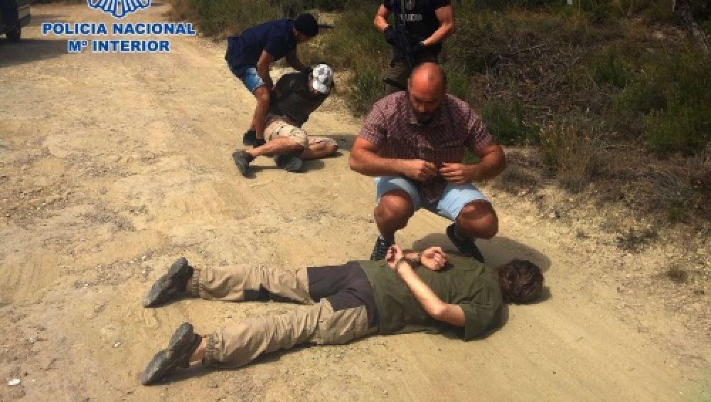 La Policía Nacional en el momento de la detención