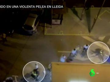 Impactantes imágenes: un policía local resulta herido tras recibir dos sillazos en una violenta trifulca