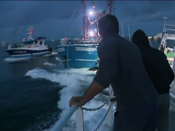'Guerra por las vieiras' en el Canal de la Mancha: pescadores británicos y franceses protagonizan varios enfrentamientos