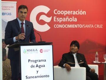 Pedro Sánchez durante su visita oficial en Colombia