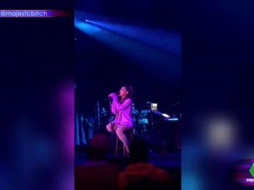 Ariana Grande en un concierto