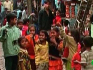 Imagen de archivo de niños en La India