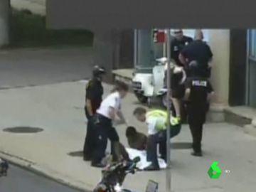 Detención de una periodista en Denver, EEUU