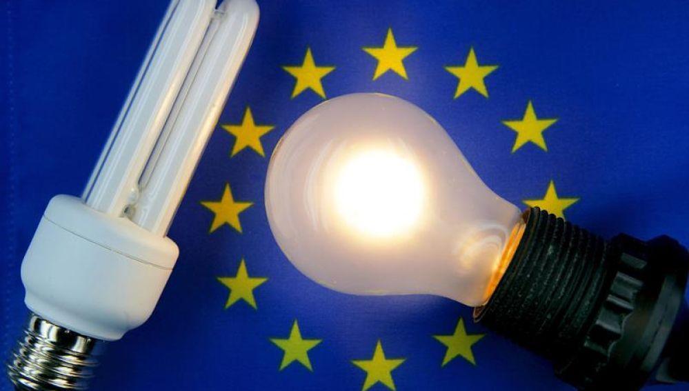 El recibo de la luz sube casi un 11% en agosto