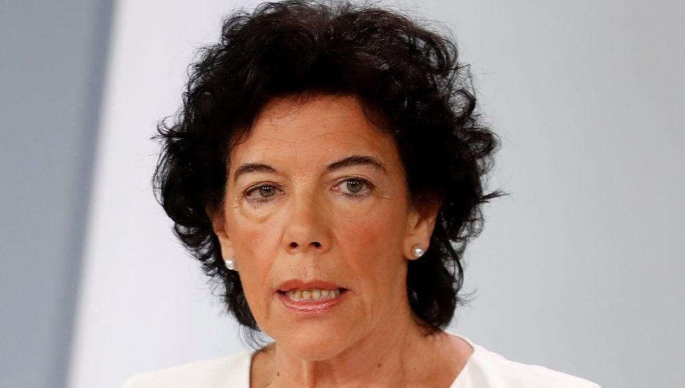 Rueda de prensa de Isabel Celaá tras el Consejo de Ministros