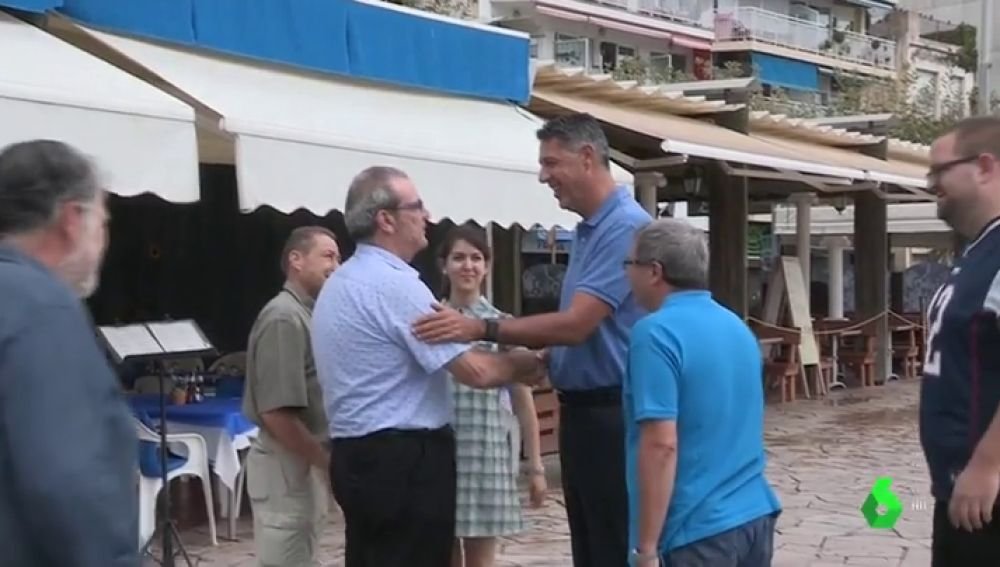 Xavier García Albiol muestra su apoyo al dueño del bar de Blanes que se enfrentó a un grupo de independentistas