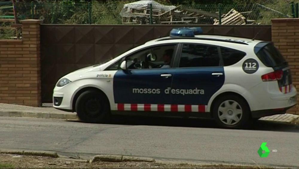 Imagen de los Mossos en el lugar del suceso en Girona