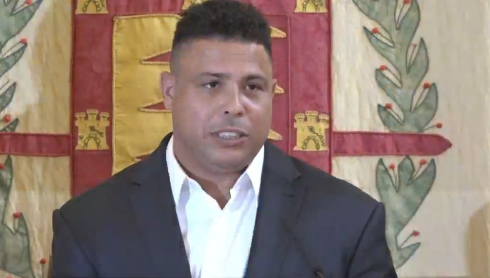 Ronaldo, en su primer día como máximo accionista del Valladolid