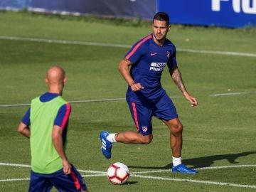 Vitolo regresa a los entrenamientos con el Atlético de Madrid