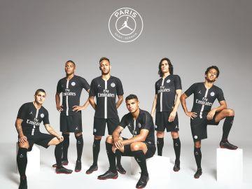El PSG, con su nueva camiseta