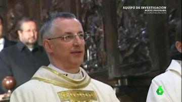 Carrasco, el obispo que denunció y dejó sin misa a los vecinos de Ribadulla por impedirle apropiarse de un campo público