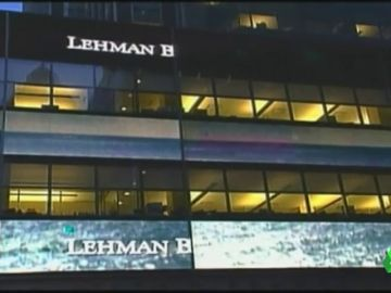 La economía aún tiembla y las prometidas reformas de control del sistema financiero no han llegado a cumplirse 10 años después de la quiebra de Lehman Brothers