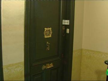 Hallan los cadáveres de un matrimonio en su domicilio de Barcelona con signos de violencia